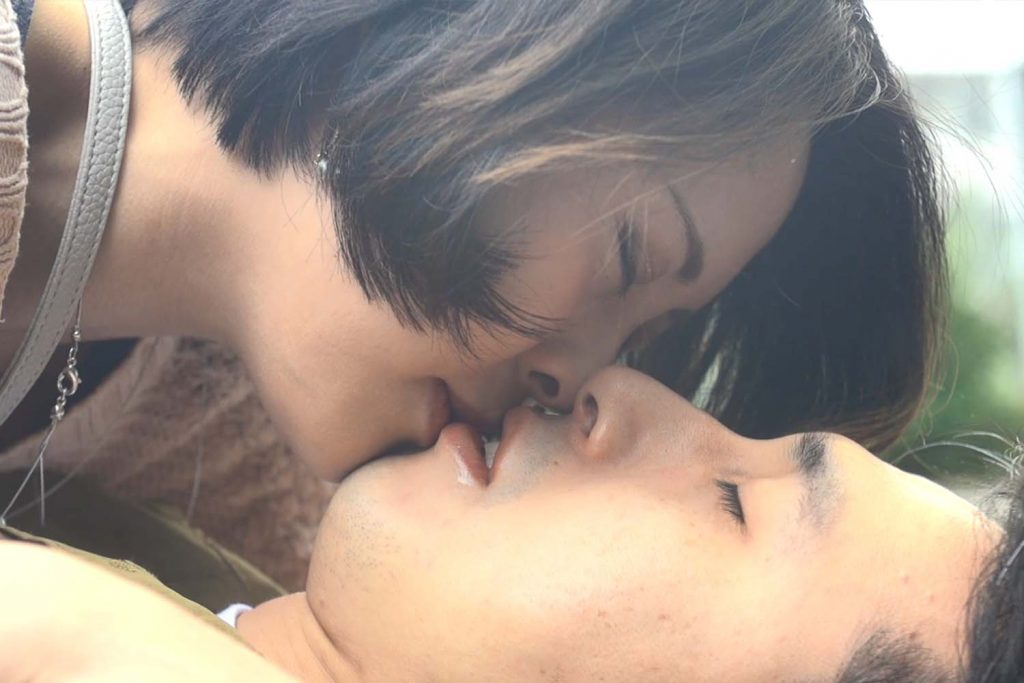 極・ト書き一行のカット割り! 第96回 今月のお題「恋愛ドラマ篇~出会い頭のキス」