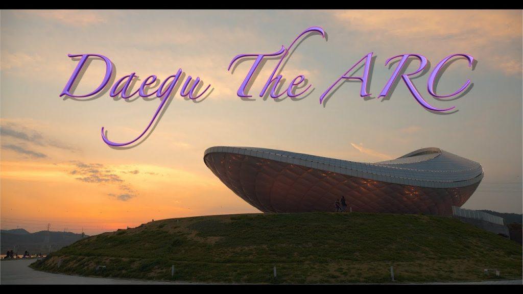 【Views】632『Daegu The ARC』2分50秒〜まるで地球外生物が建てたような建造物が夕暮れの空から真の夜空へのタイムライン上に描かれていく