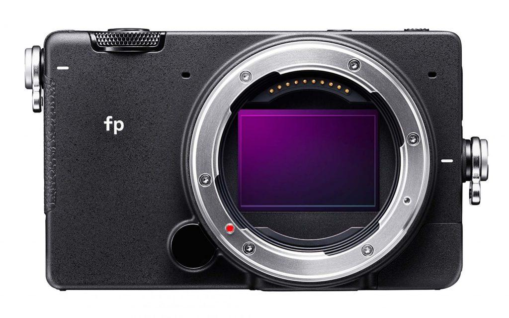 シグマから動画撮影にも対応した小型・軽量フルサイズミラーレス、SIGMA fpが発表