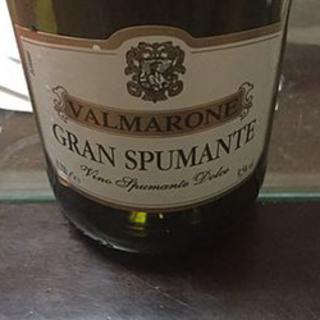 Valmarone Gran Spumante Dolce(ヴァルマローネ グラン・スプマンテ ドルチェ)