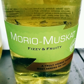 Bubbling Morio Muskat(バブリング モリオ・ムスカート)
