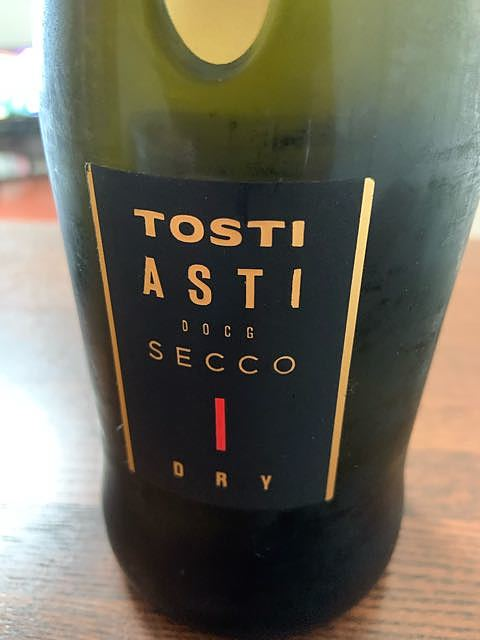 Tosti Asti Secco