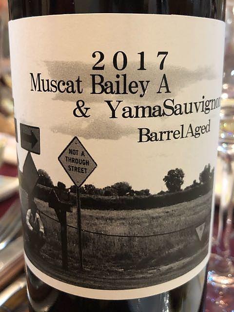 東晨洋酒 Muscat Bailey A & Yama Sauvignon Barrel Aged