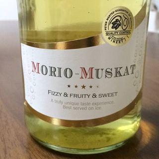 Peter Mertes Morio Muskat Semi Sparkling