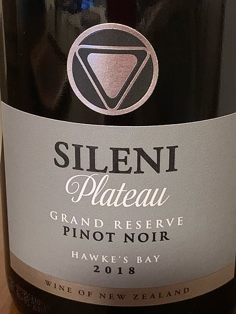 Sileni Plateau Grand Reserve Pinot Noir