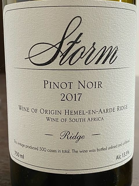 Storm Ridge Pinot Noir