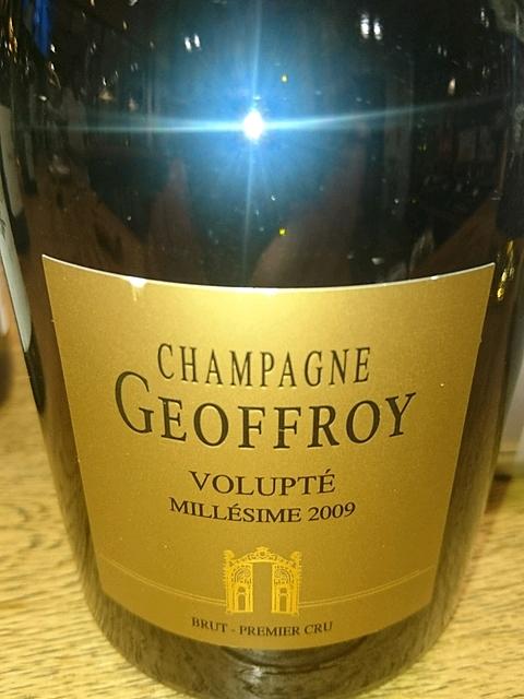 Champagne Geoffroy Volupté 1er Cru Brut 2009(シャンパーニュ・ジョフロワ ヴォリュプテ プルミエ・クリュ ブリュット)