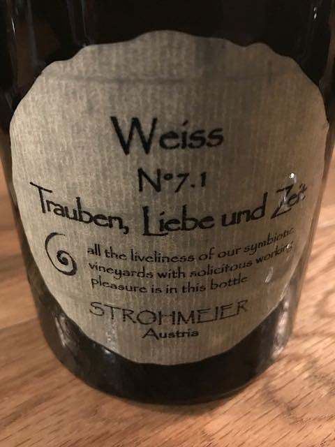 Strohmeier Trauben, Liebe und Zeit Weiss N°7.1
