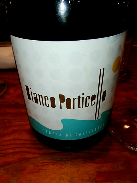 Tenuta di Castellaro Bianco Porticello(テヌータ・ディ・カステッラーロ ビアンコ・ポルティチェッロ)