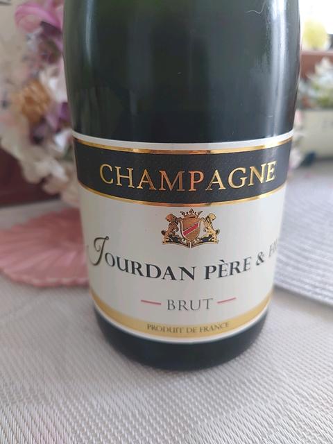 Champagne Jourdan Père & Fils Brut(シャンパーニュ ジョルダン・ペール・エ・フィス ブリュット)