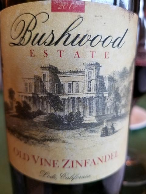 Bushwood Estate Old Vine Zinfandel(ブッシュウッド・エステート オールド・ヴァイン・ジンファンデル)