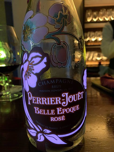 Perrier Jouët Belle Epoque Rosé Luminous(ペリエ・ジュエ ベル・エポック ロゼ ルミナス)