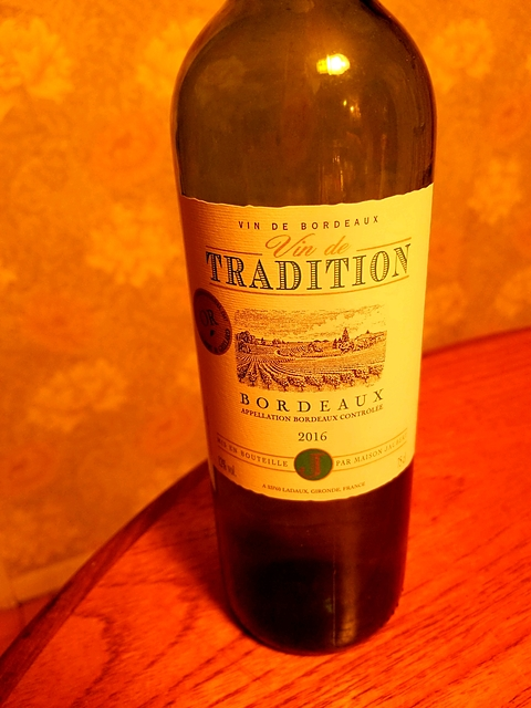 Maison Jaubert Vin de Tradition Bordeaux Blanc