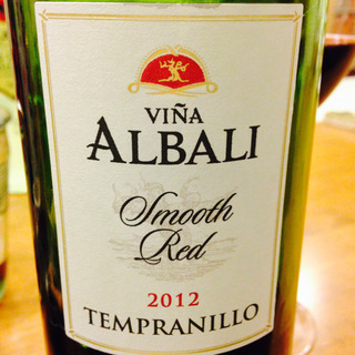 Viña Albali Smooth Red Tempranillo