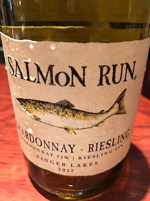Salmon Run Chardonnay Riesling(サーモン・ラン シャルドネ リースリング)