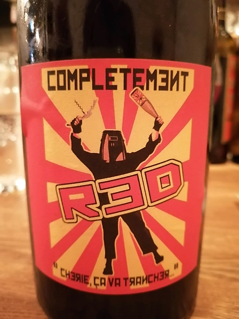 Completement Red