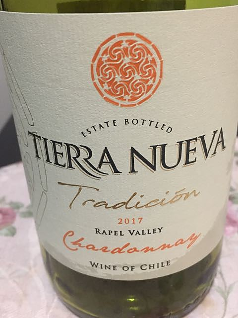 Tierra Nueva Tradición Chardonnay(ティエラ・ヌエバ トラディション シャルドネ)