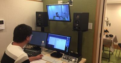 エンジニアさん込みで8,000円/1H、赤坂にある収録スタジオ