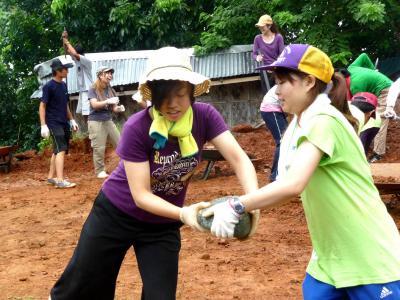 【NPO法人CFF】大施然に囲まれたボルネオ島「子どもの家」でボランティア!