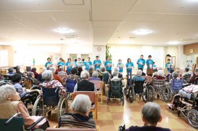 高齢者施設で歌ボランティア