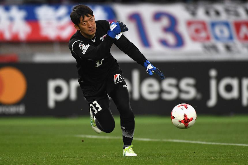 権田修一が、FC東京ファンの前で泣き崩れた理由。   VICTORY