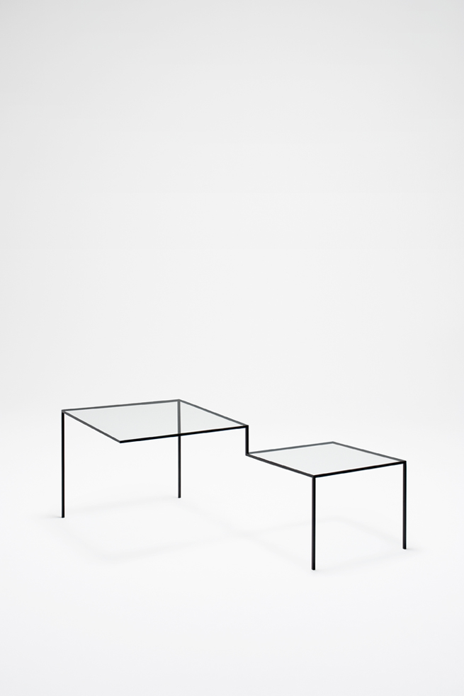 thin black lines05-table