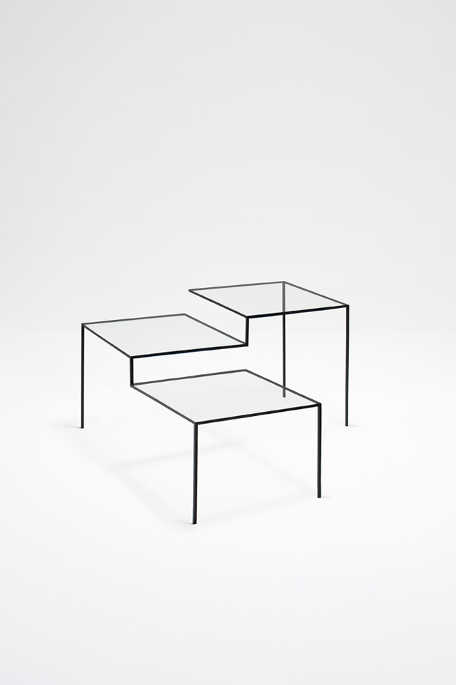 thin black lines06-table