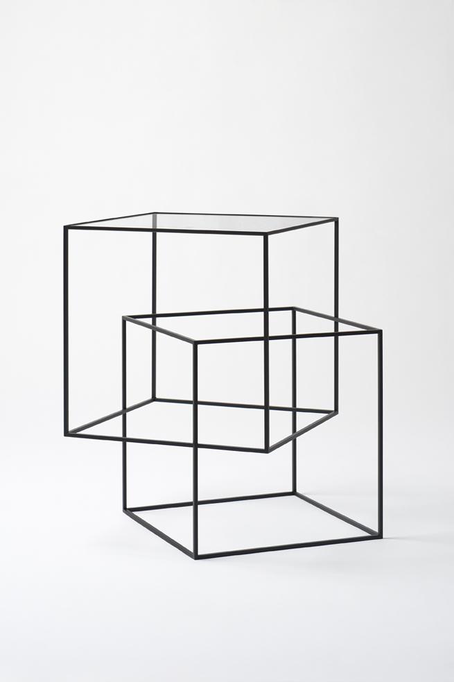 thin_black_table01