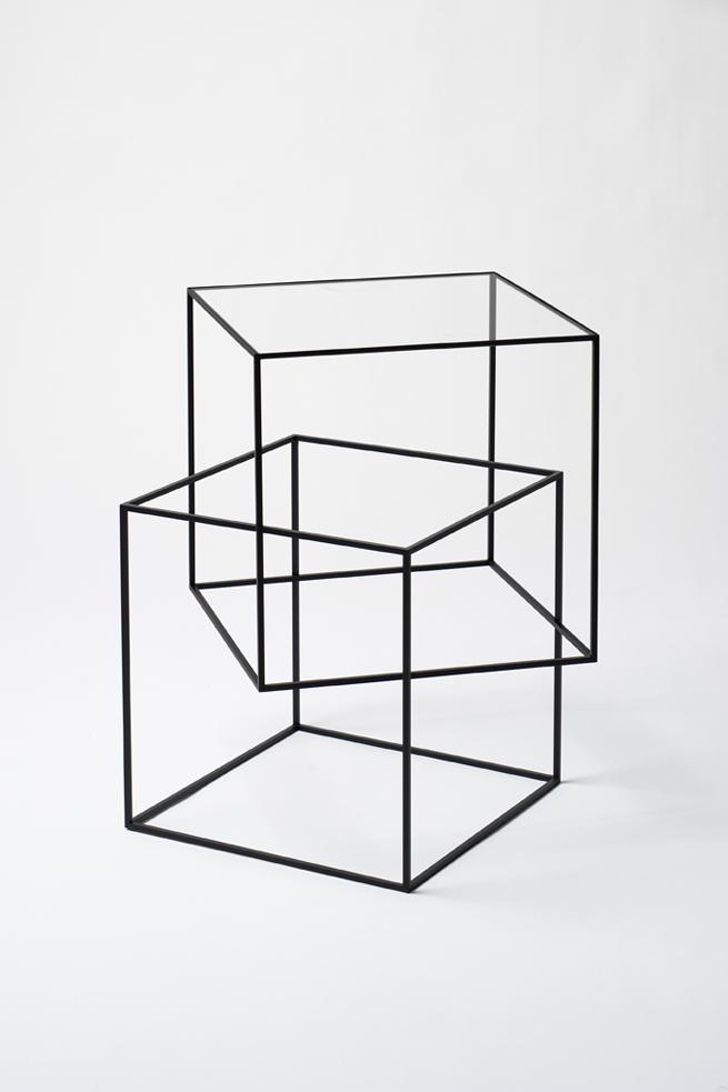 thin_black_table02