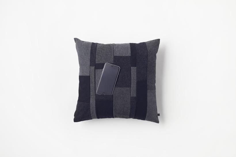 mobile_cushion03_akihiro_yoshida