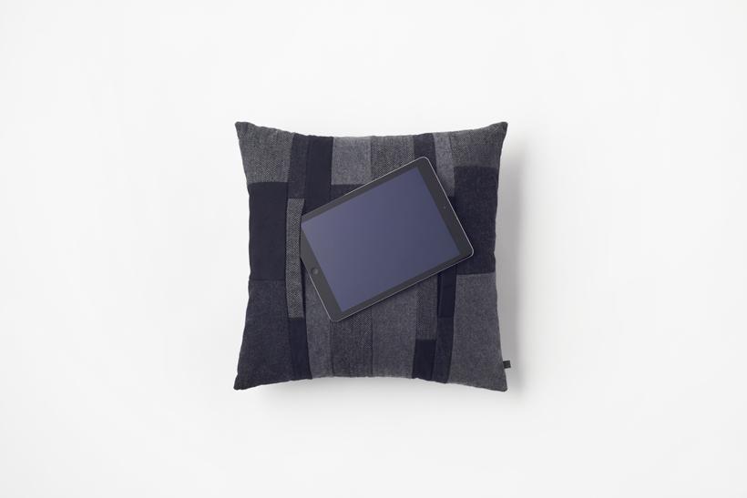 mobile_cushion11_akihiro_yoshida