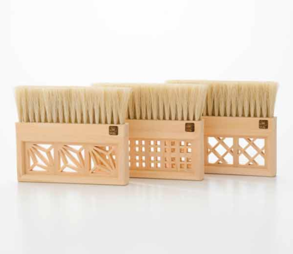 雅ブラシ「麻の葉」「格子」「枡つなぎ」(miyabi brush)|宇野刷毛ブラシ製作所(UNO BRUSH SEISAKUJYO)
