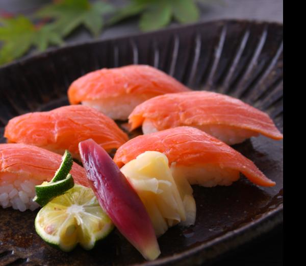 八汐鱒の炙り寿司(5貫)