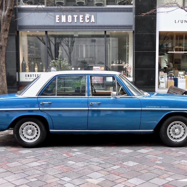 Mercedes-Benz 230-6