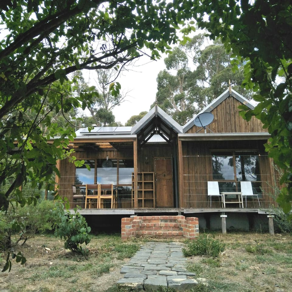 Book Jazmine Valley -Glenlyon/Daylesford at the best deal