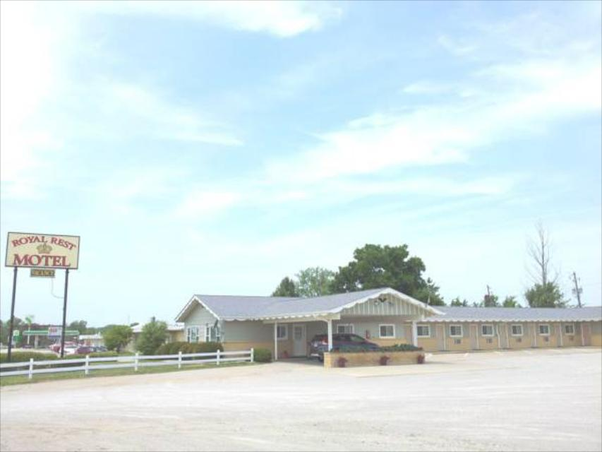 Book Royal Rest Motel (Chariton) at the best deal|Find the