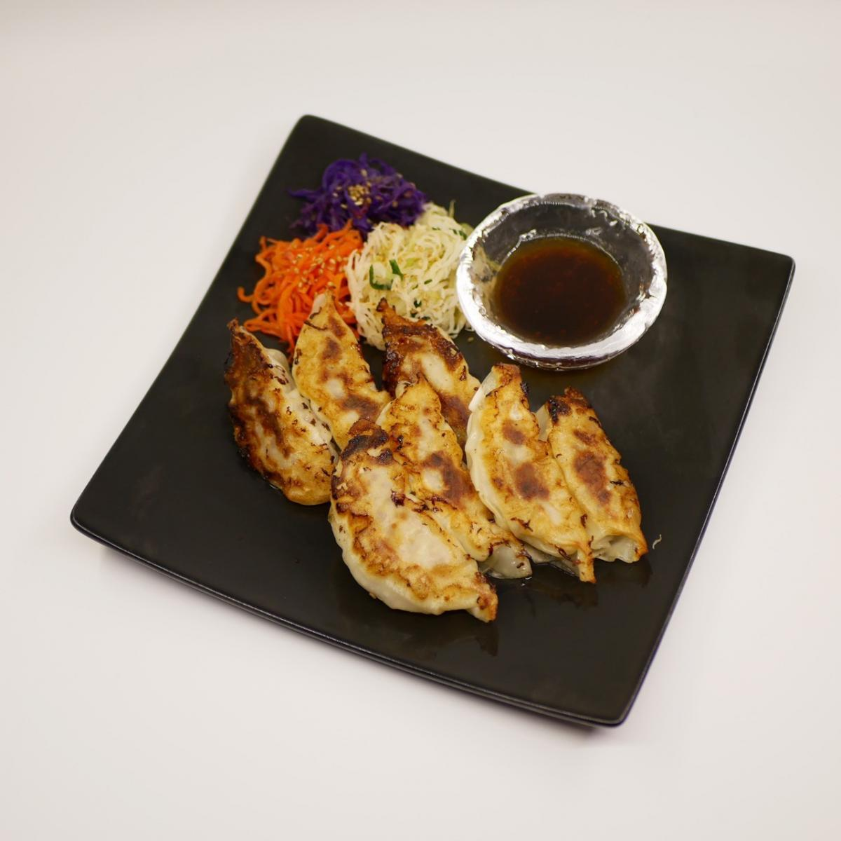 発酵白菜と搾菜(ザーサイ)の餃子のイメージ
