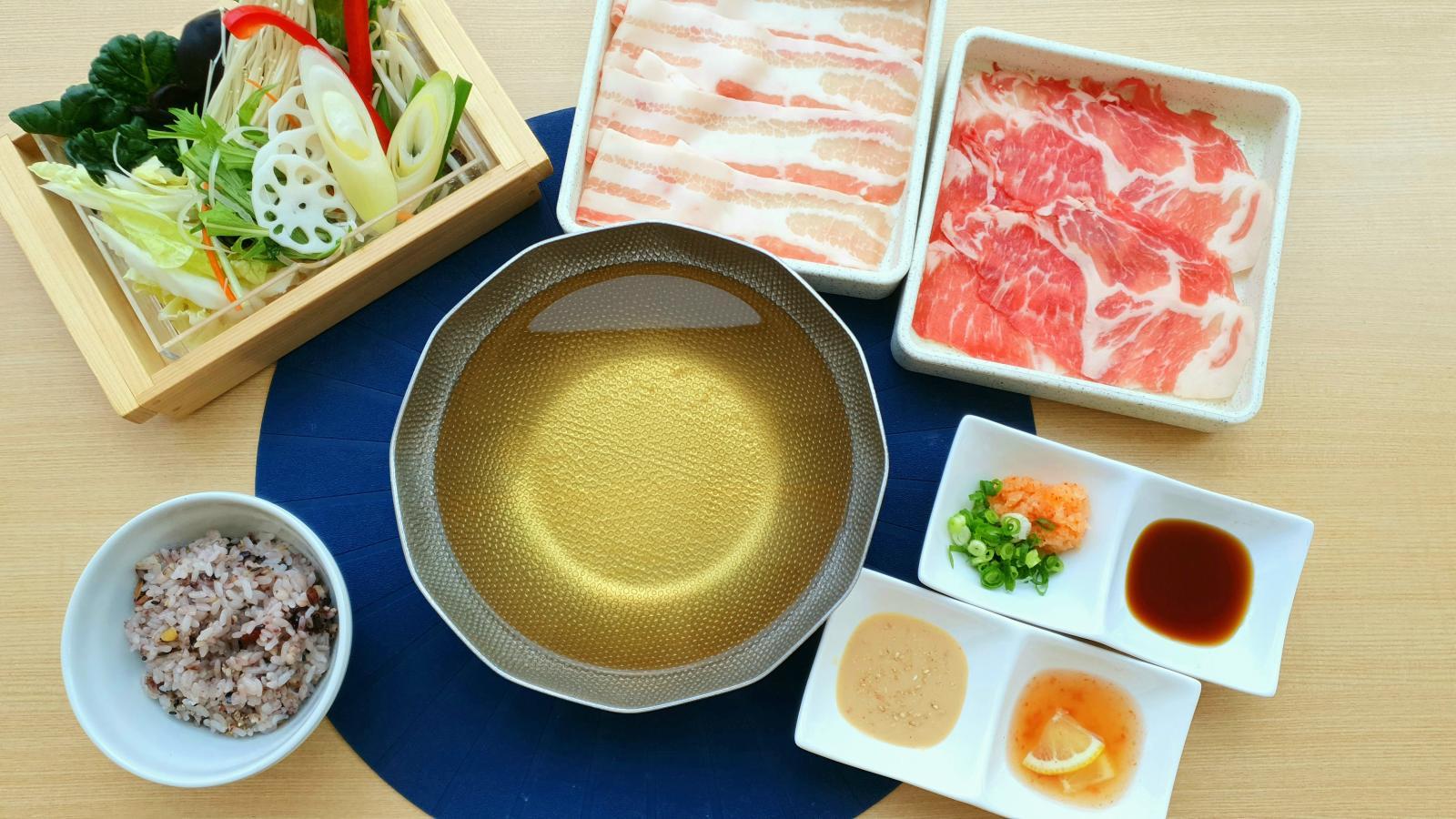 【平日限定ランチ】デザート付き♪お肉2皿(三元豚バラ・ロース)セット