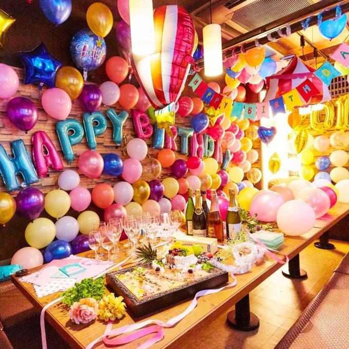 誕生日を祝うなら、誕生日専用バルーン個室でのイメージ