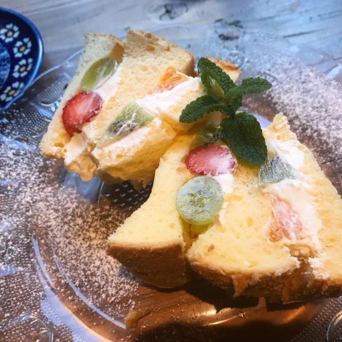 しっとりシフォンケーキの贅沢フルーツサンドのイメージ