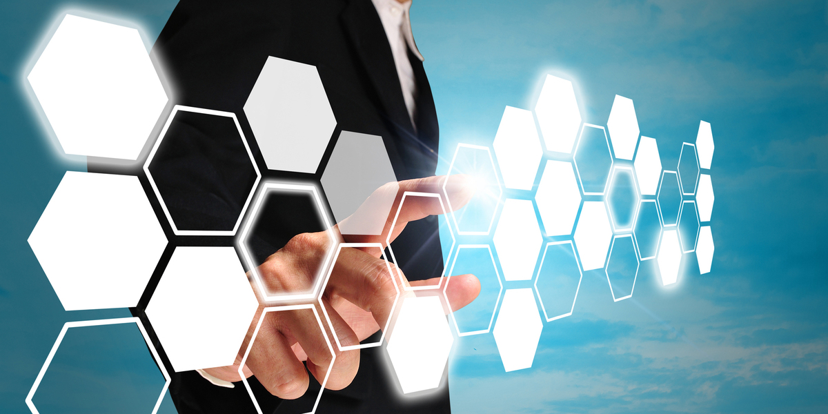健保組合の電子申請義務化がスタート! e-Govは非対応、マイナポータル連携の人事労務ソフトウェアが必要です!