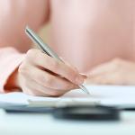 【社労士監修】入社手続きは労務の基本! 社会保険(健康保険・厚生年金)や雇用保険の手続き、必要書類を解説