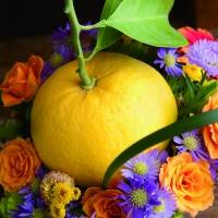 季節のインテリアコーディネートに欠かせない、枝もの・実ものアレンジメント イエロー&オレンジ編の画像