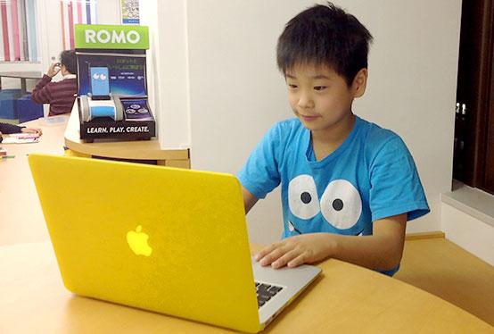 小学5年生のゲーム&アプリプログラミングコース生徒事例