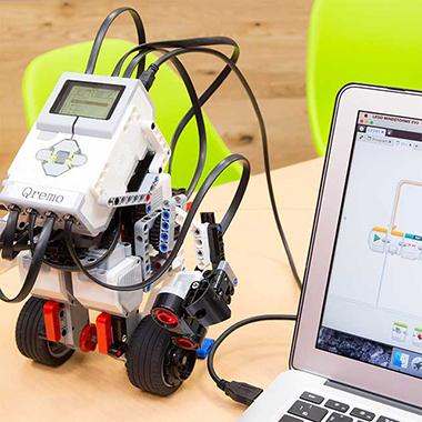 ロボットマスターになろう!ロボットづくりとプログラミング