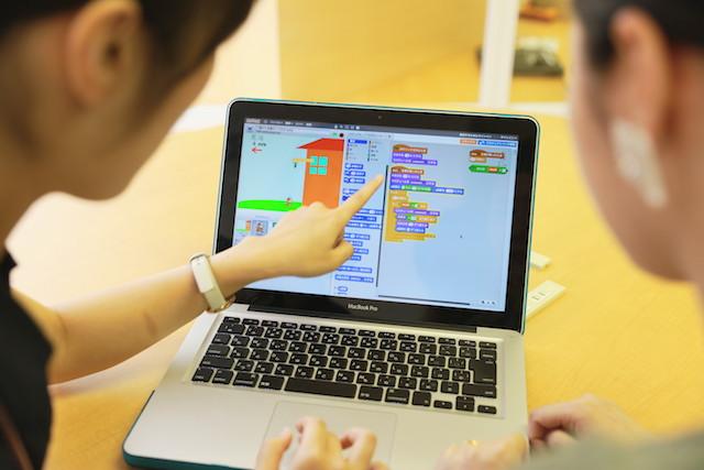 子ども向けプログラミング学習|幼児から遊んで学べる教材・ツール