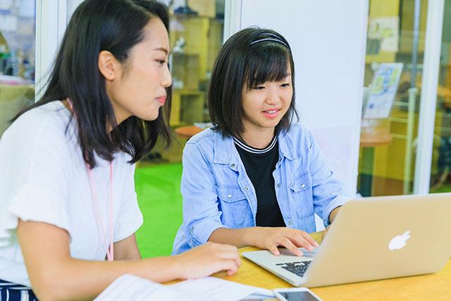 子どもがプログラミングのコーディングを学ぶ方法とメリットとは?