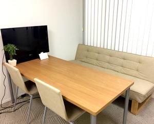 面談や相談の際に使っている優しい雰囲気を大事にした個室です。