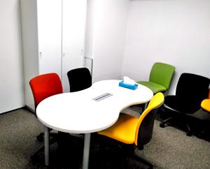 面談や相談時に使っている個室です。