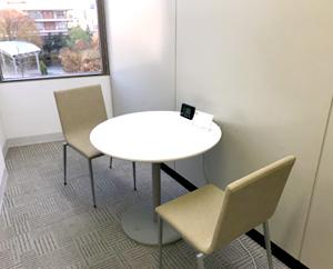 個別の相談や面談などで利用する個室です。